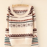 Argyle geometric flower pattern sweater