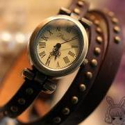 Winding bracelet watch fashion watch